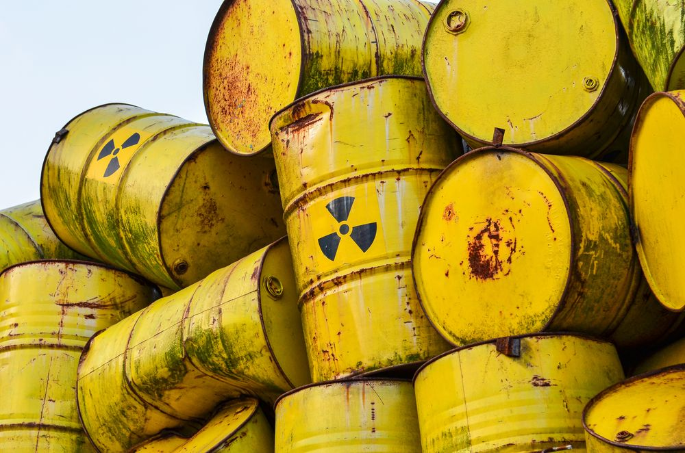Radioactive Waste Management: the Tale of a U.S. Nightmare